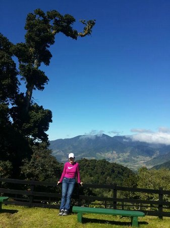 Sendero Los Quetzales (The Quetzales Trail) : Paisajes