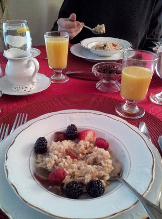 The Victoria Inn: Incredible vegan breakfasts!