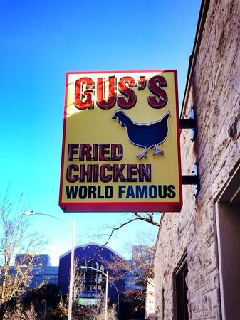 ‪Gus's World Famous Fried Chicken‬