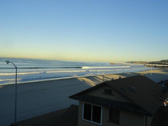 Surfer Beach Hotel: view from front door room 414