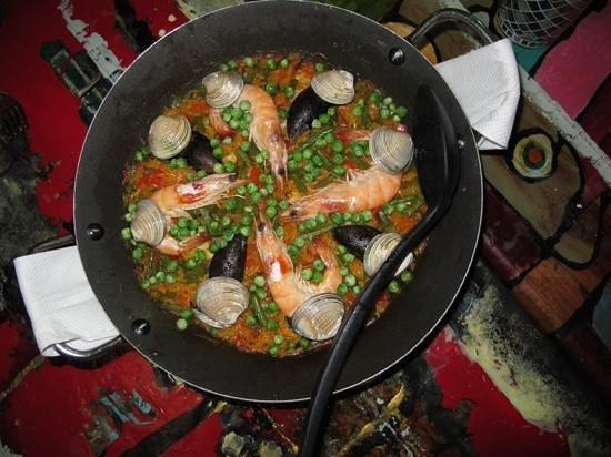 La Esquina de los Caprichos: Seafood Paella