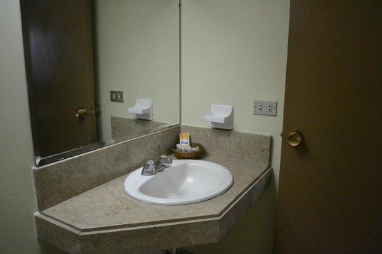 Hotel Villa Tournon: Baño