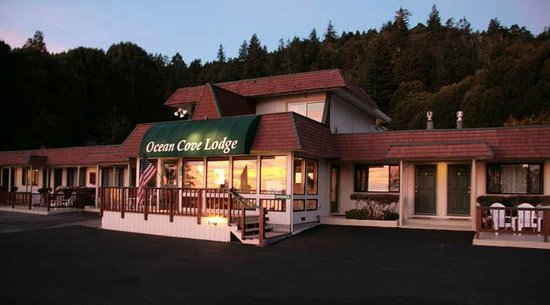 Ocean Cove Lodge Bar and Grill : Ocean Cove Lodge