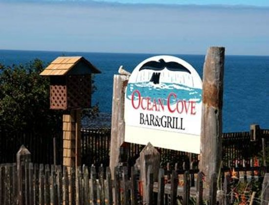 Ocean Cove Lodge Bar and Grill: Road Sign