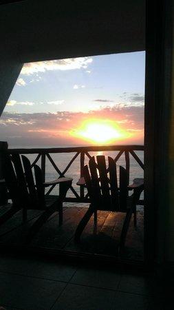 Ventanas al Mar : Ocean sunrise