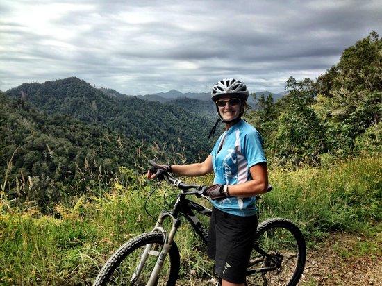 Pam on Motu road near the start of the Pakihi track.