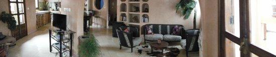 Casa Guapa de Tamuziga: Living Room