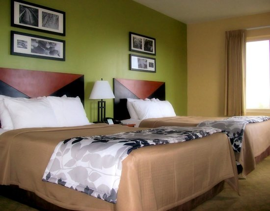 Sleep Inn & Suites Redmond: Double Queen Suite