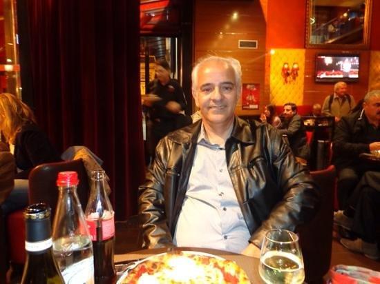 Pizza Vesuvio: Manoel Paiva