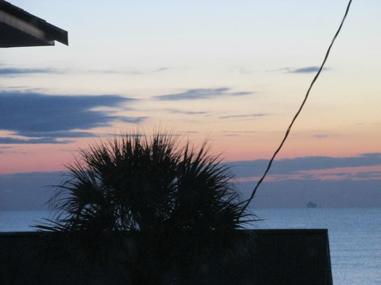 DeSoto Beach Bed & Breakfast: before sunrise 1/25/2014