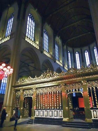 Nouvelle église (Nieuwe Kerk) : the interior