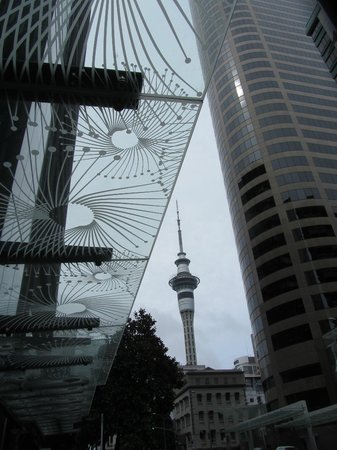 Stamford Plaza Auckland : View from front entrance