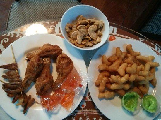 Ruenkanok Thai House : Breakfast from street vendors