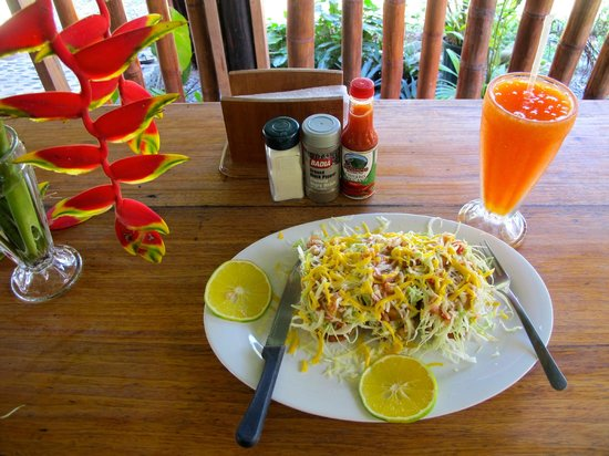 Tico Mex: Fish Tacos