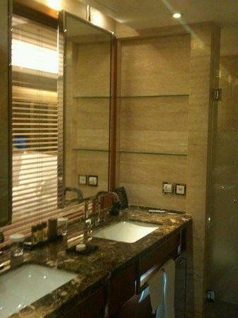 Mandarin Oriental, Geneva: Bathroom