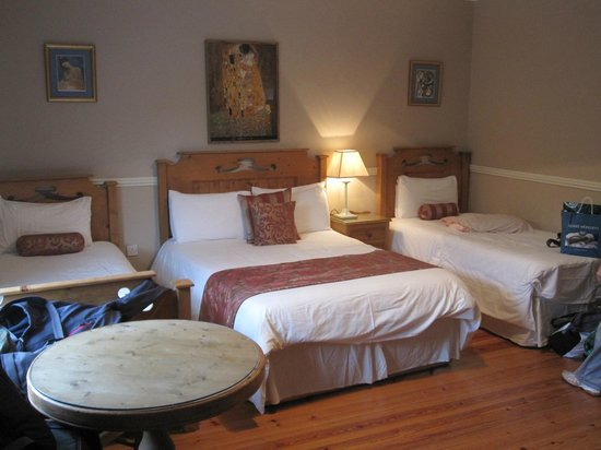 Adare Country House: triple room