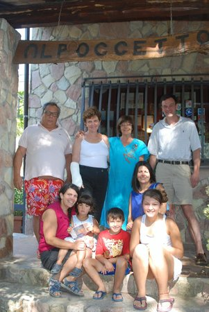 Al Poggetto : Our wonderful hosts and us