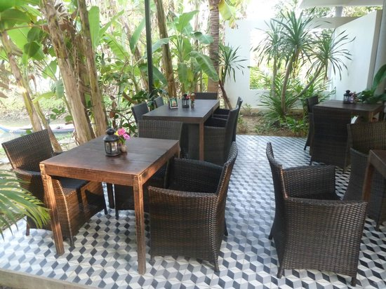 Battambang Resort: Dining