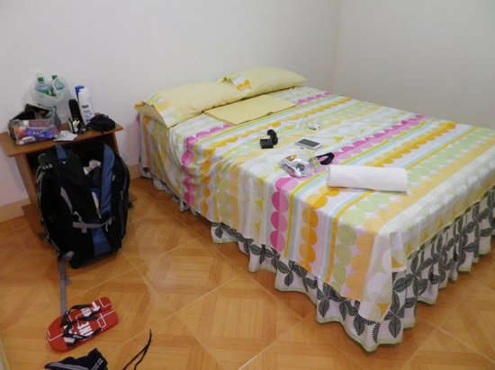 Malonzo Pension House: My Room
