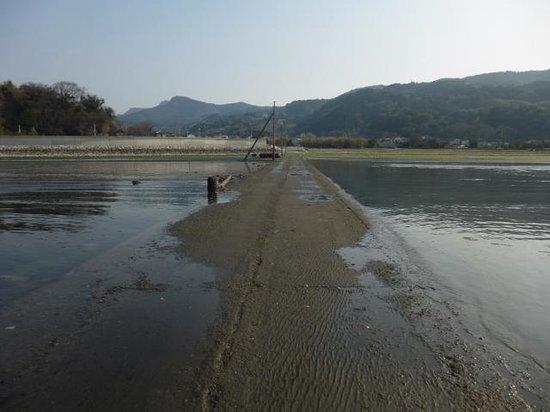 Okoshiki Beach: ヒタヒタと、潮が満ちてくる様がわかります