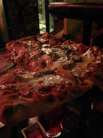 Angelo's & Vinci's Ristorante: Margherita Pizza Sicilian style