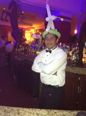 Hyatt Zilara Cancun : Great Bartender