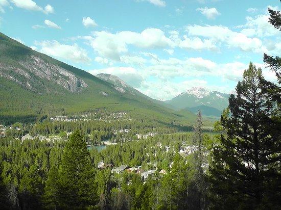 Fox Hotel & Suites: Banff Hike