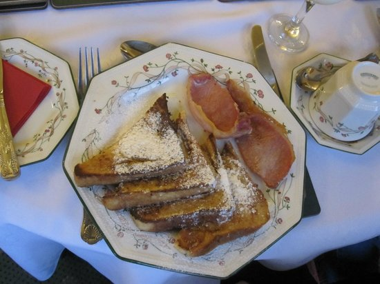 Marless House Bed & Breakfast: French Toast
