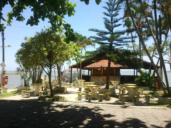 Aracatibinha Beach: .