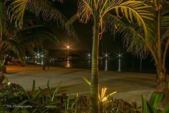Ramon's Village Resort : View at night