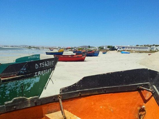 Paternoster Hotel : Fishing boats on the beach