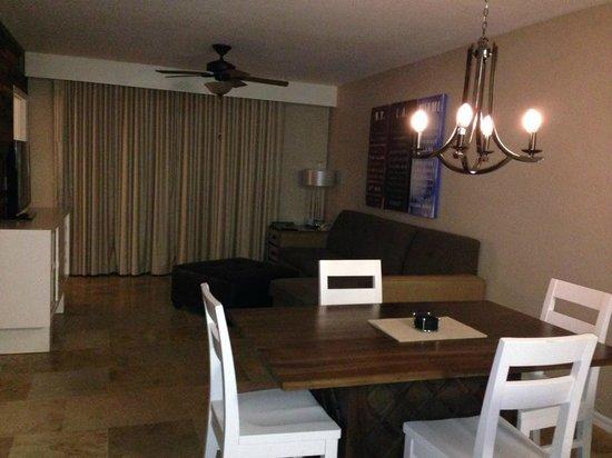 Bluegreen Fountains Resort: Living Room