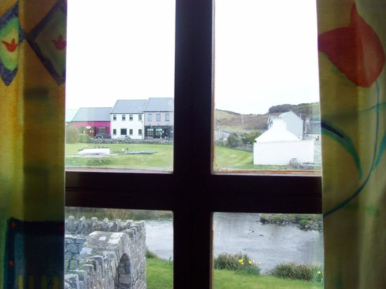 Aille River Hostel: Out my window