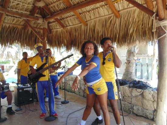 Maria Star Friends And The Punta Cana Live Band
