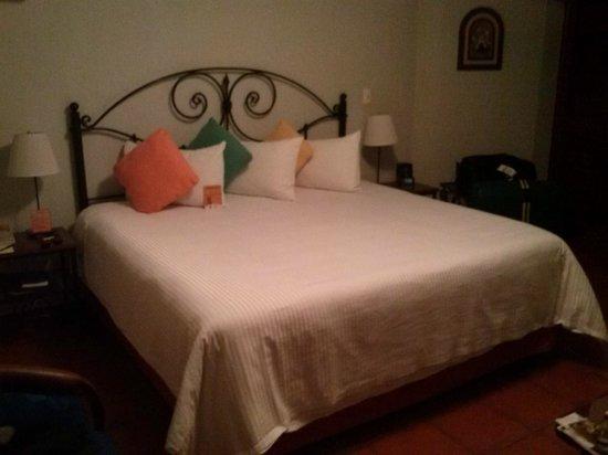 Hotel Boutique Parador San Miguel Oaxaca: Vista dormitorio