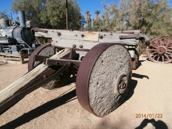 Stovepipe Wells Village: Old Lumber Hauler with Wood-and-iron wheels