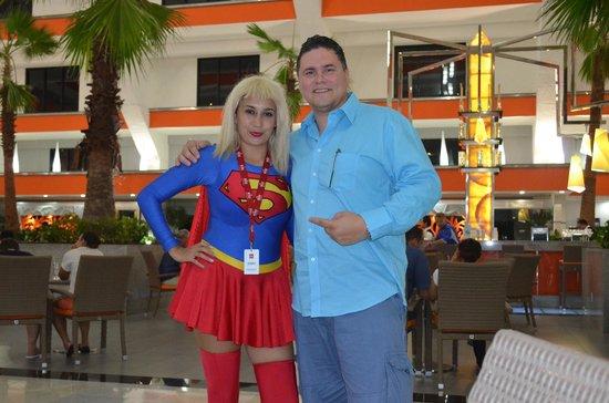 Hotel Riu Caribe: Con superchica