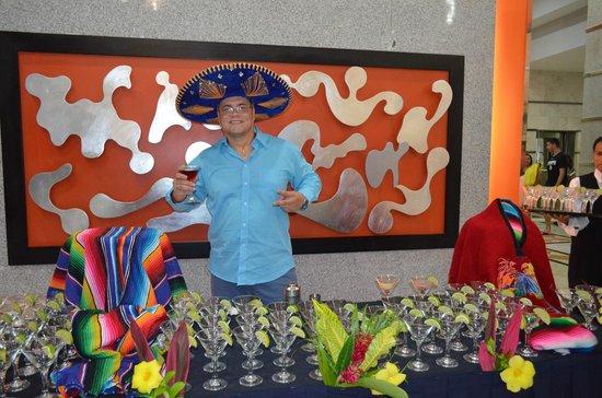 Hotel Riu Caribe: Un traguitoo