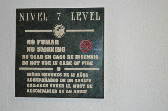 Hotel Riu Caribe: Un cartel