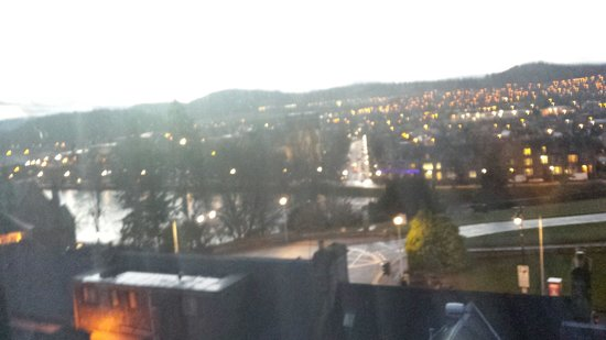Ardentorrie Guesthouse: View from room 6 window over inverness