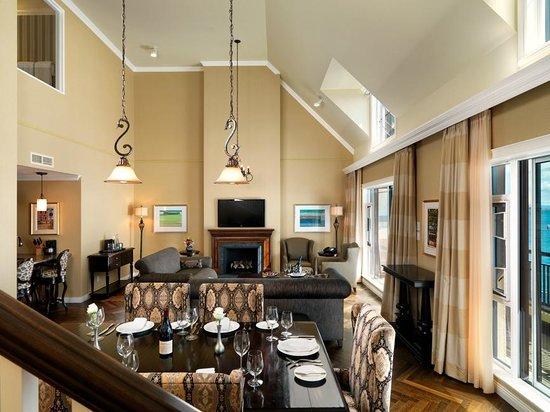 Oak Bay Beach Hotel: Grand Penthouse
