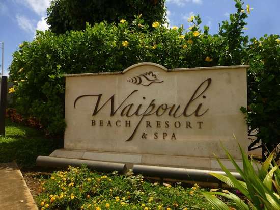 Waipouli Beach Resort: Sign on route 56