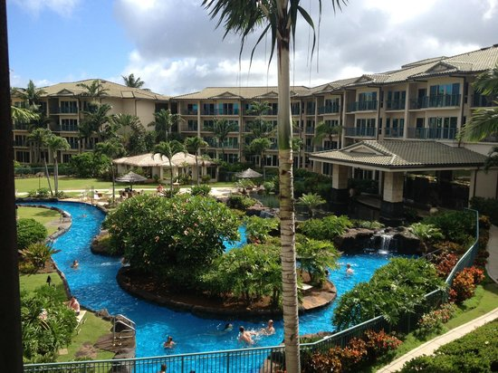 Waipouli Beach Resort: pool/lazy river area