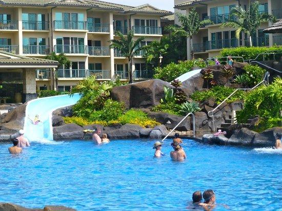 Waipouli Beach Resort: pool and waterslides
