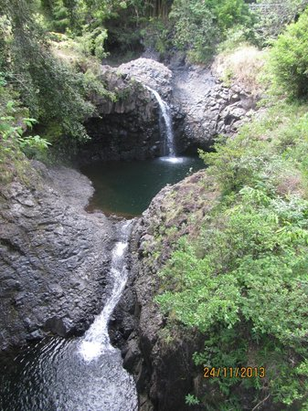 Hike Maui : Waterfall pools