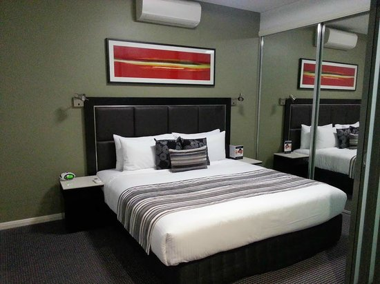 Meriton Serviced Apartments Campbell Street: Bedroom