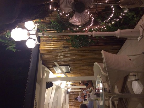 K-Hotel Restaurant and Beer Garden: Particolare del giardino