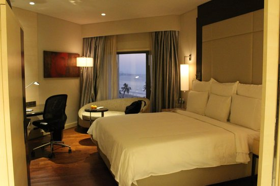 JW Marriott Mumbai Juhu: room