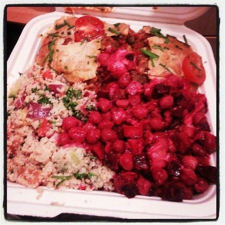 Iydea Western Road: Lasagna, beet w/ chickpea salad and kusu-kusu