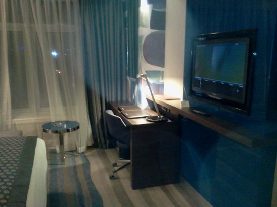 Wyndham Grand Istanbul Europe: tv erea